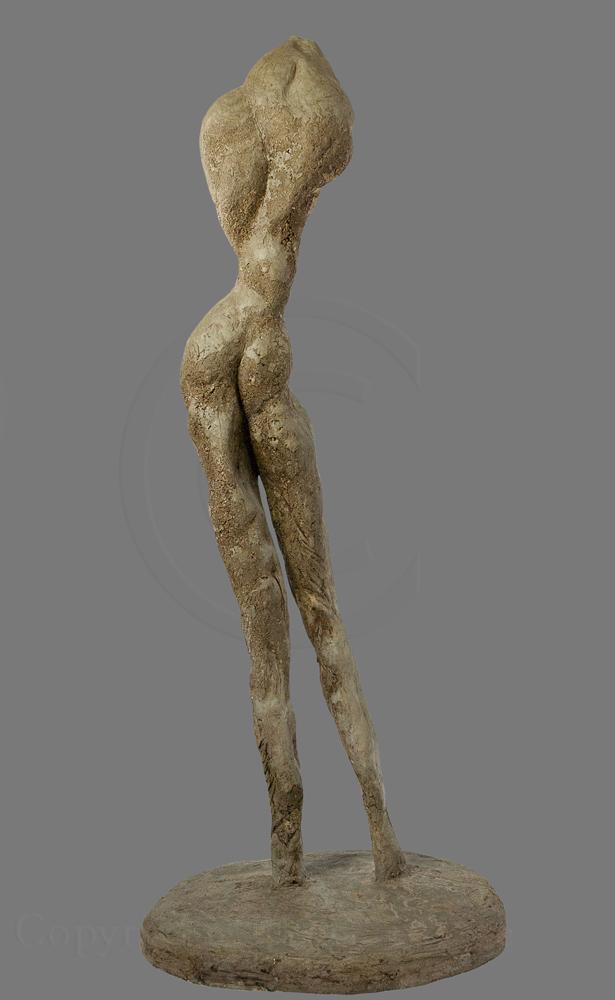 Figure debout 2. Moulage en béton de Christian Broise