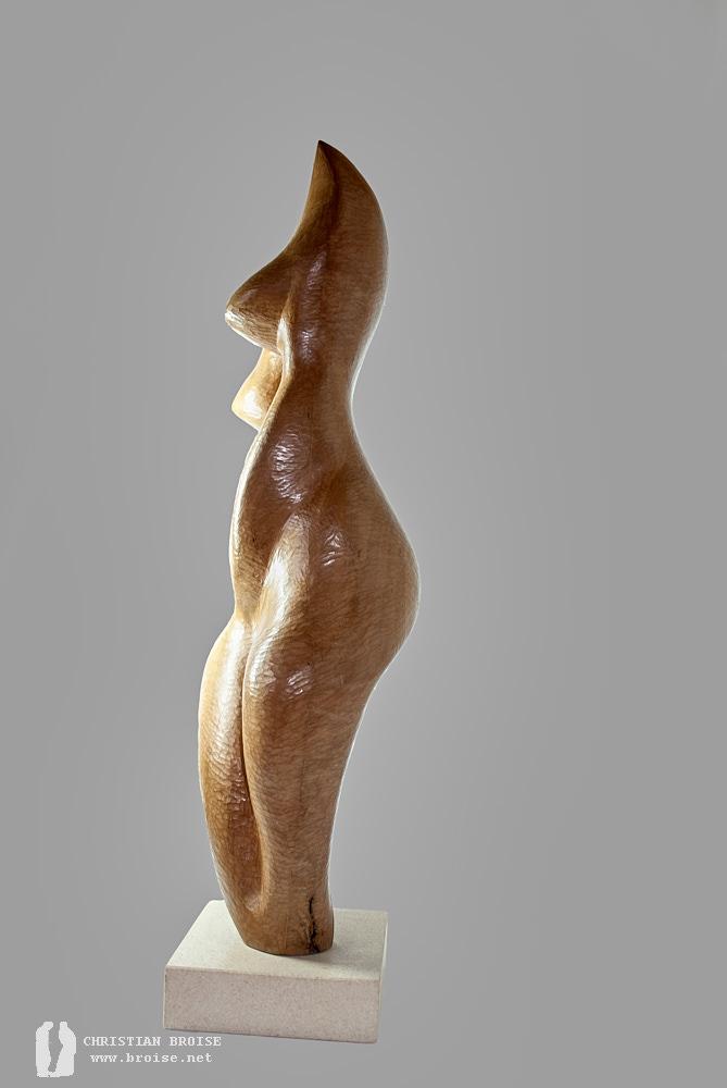 Figure debout 4 (Bois de poirier) de Christian Broise